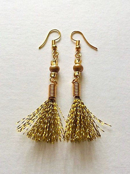 shimmer flash tassel earings with freshwater pearl - gold