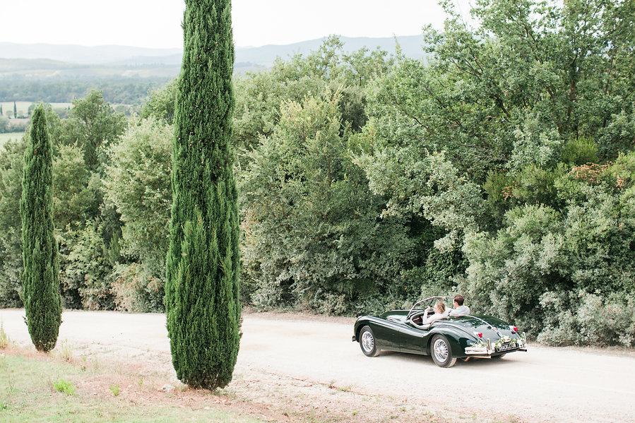 Bride & Groom in Vintage Bugatti in Italy