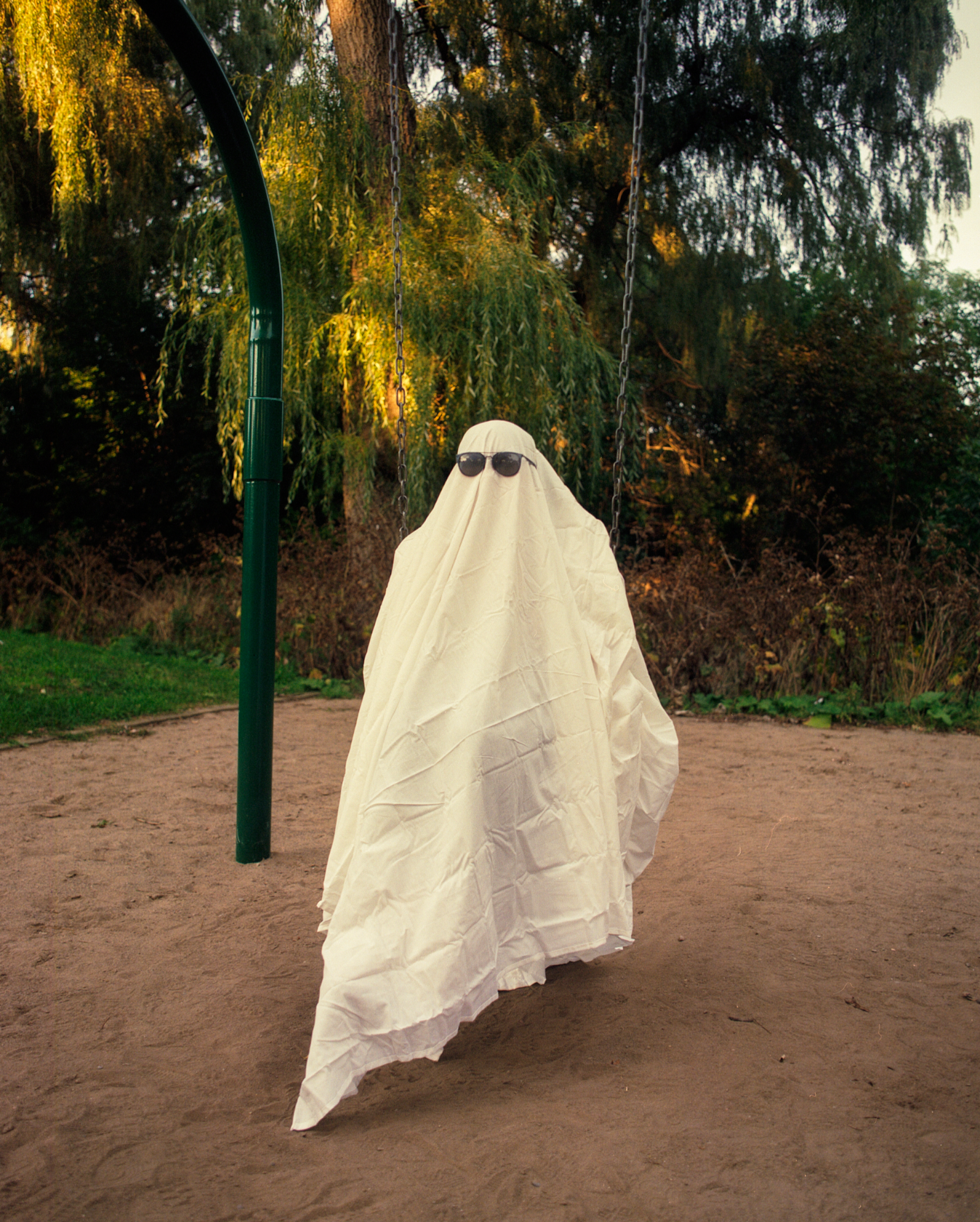 Jay Medeiros - Ghost on the Swing