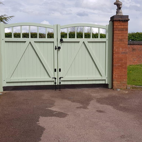Stretton Driveway Gate from £595