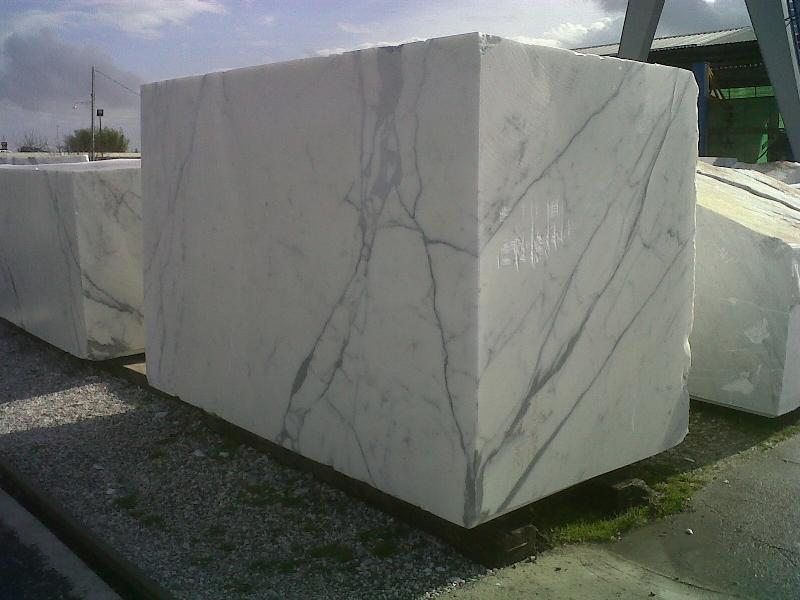 bloc-de-bianco-statuario