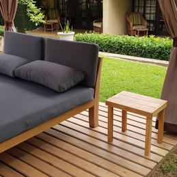 Poolside Lounge Table