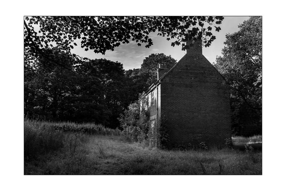 """Helen""""s cottage"""