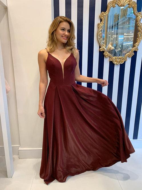 Vestido longo metalizado com saia ampla