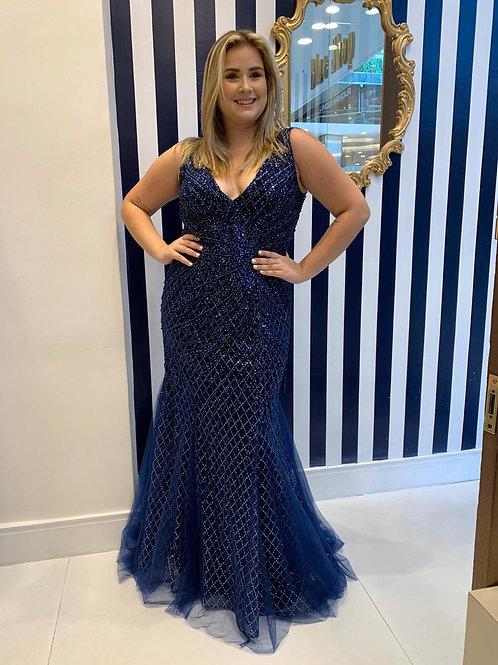 Vestido plus size azul marinho bordado