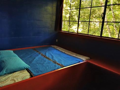 Queen bed & shared bathroom