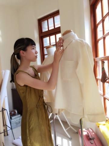 繭裹姊姊_Jannie _追求與服飾之間最和諧的狀態是每個人都應該學習的課題,我們還有很多進步空間,也希望能有你們與繭裹子一起愛護美麗的地球。