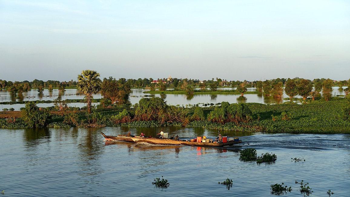Kampong Chhang Tonle Sap.jpg