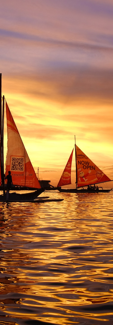 Boats and Sunset, Boracay.jpg