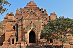 Temple Dhammayangyi Bagan