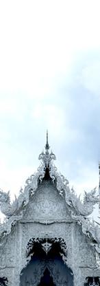 Wat Rong Khun Chiang Rai.jpg
