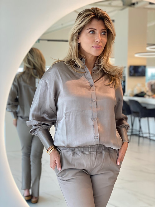 """EST'ONE SIZE BLOUSE SILK """"SIMPLY TAUPE"""""""