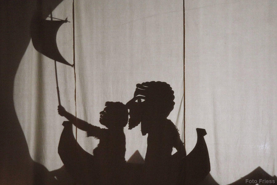 sirene-romanspiess-schattenfigur10.jpg