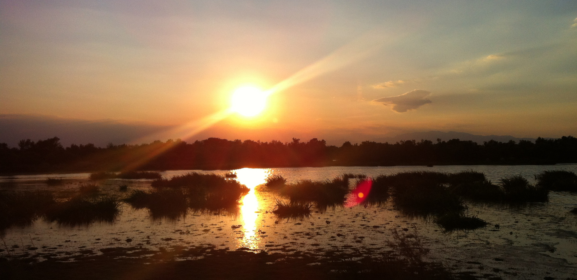 Posta de sol estany Vilaut.JPG