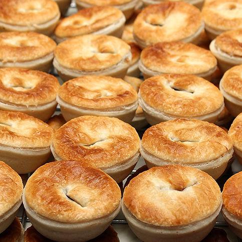savoury-pie-party-pies-gusto-bakery.jpg