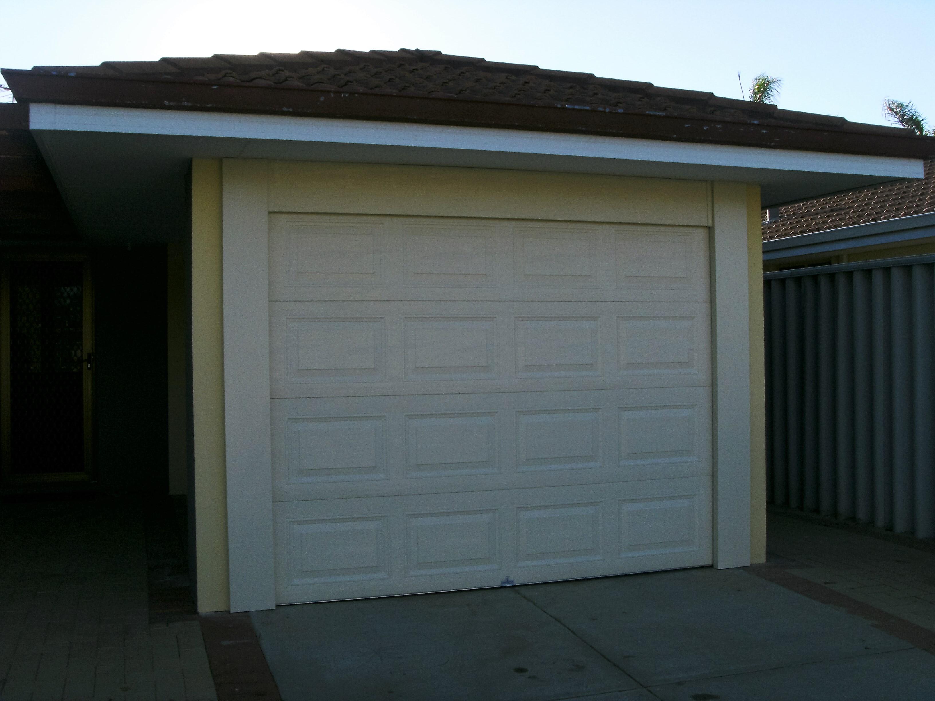 GARAGE DOORS 006 (2).JPG