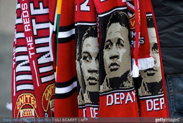 Memphis Depay inspired scarfs