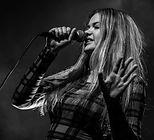 Lara - Vocals & Keys