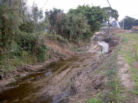 荒尾中央野原線道路改良工事に伴う護岸復旧工事