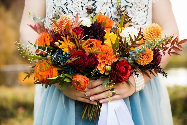 fall dahlia bridal bouquet wedding flowers