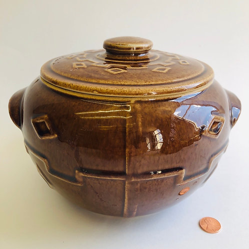 Brown Decorative Pot With Diamond Pattern