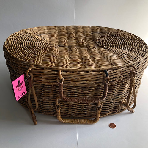 Wicker Basket with Flip Top Lid