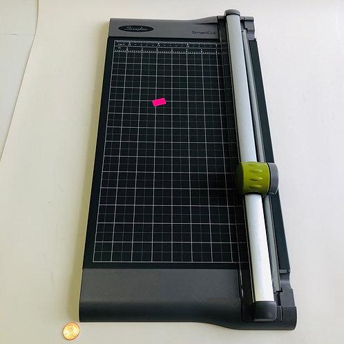 Swingline SmartCut Paper Cutter