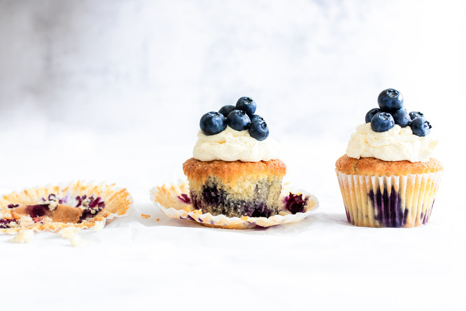 Marianne Haggstrom Food Photography | Blueberry muffins