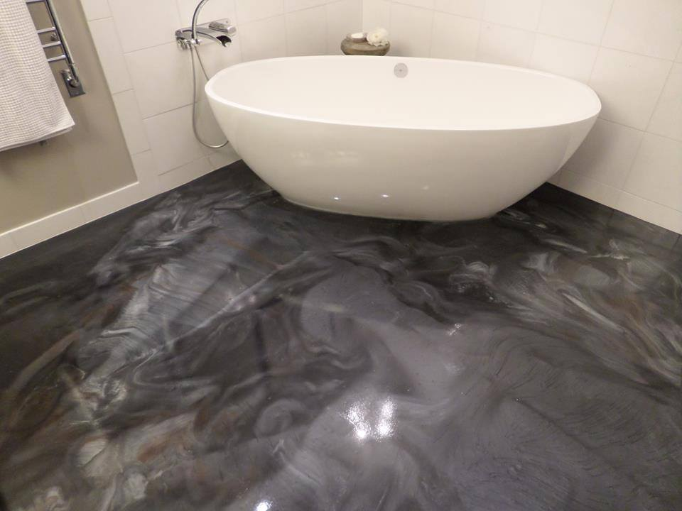 Metallic epoxy bathroom