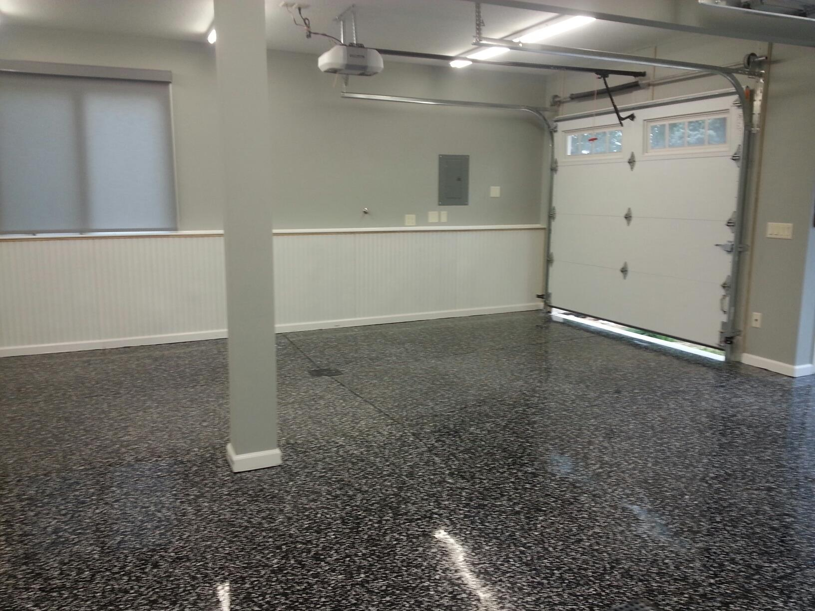 Flake epoxy Black and white