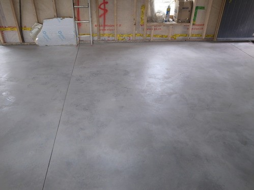 Power float concrete finish