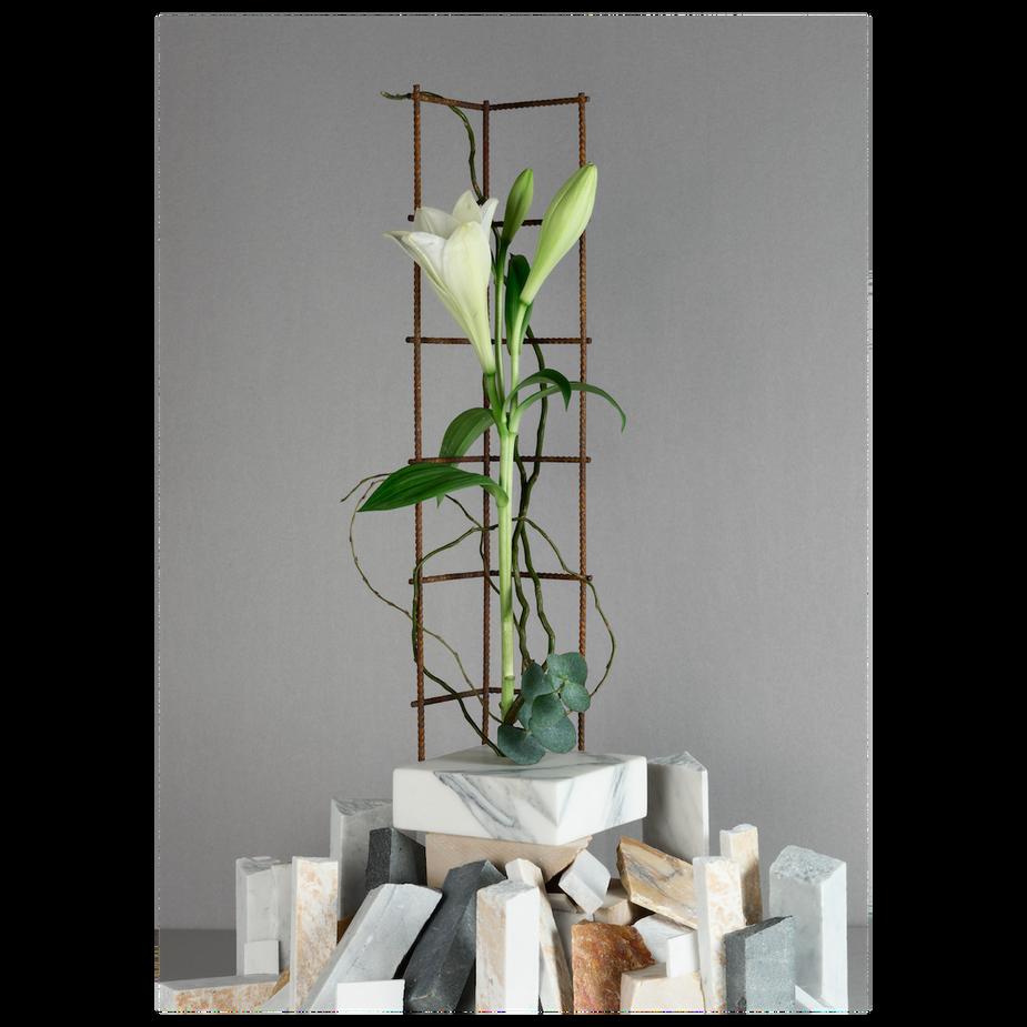 Perpetua vase #1 / 2018  White Carrara marble, iron mesh h60 l15 w15 cm
