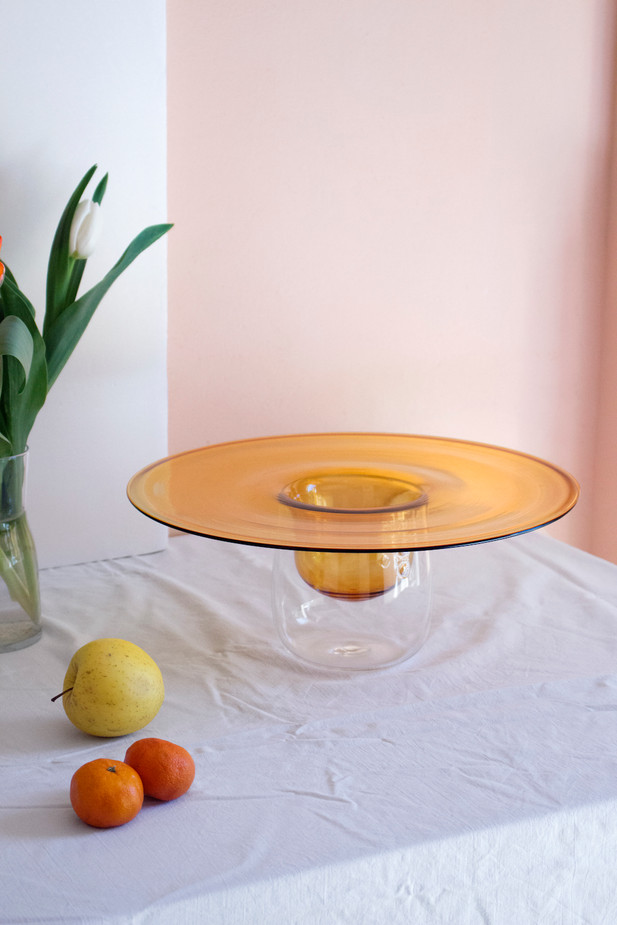 Ufo - Hand-blown glass in orange  Ø400 x 120 mm