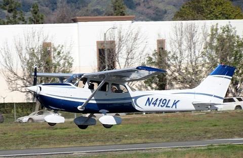 n419lk flight.jpg