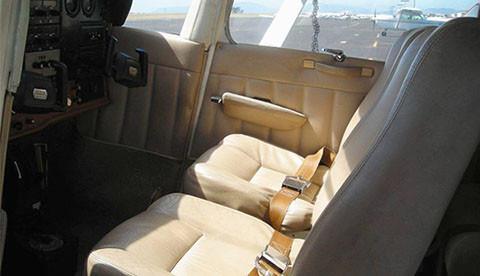 n733yv front seats-crop-u2401.jpg