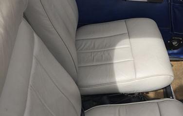 n8060u seats-crop-u7830.jpg