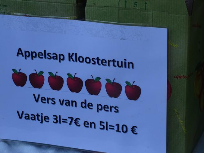 Oogstfeest 18, appelsap.jpg