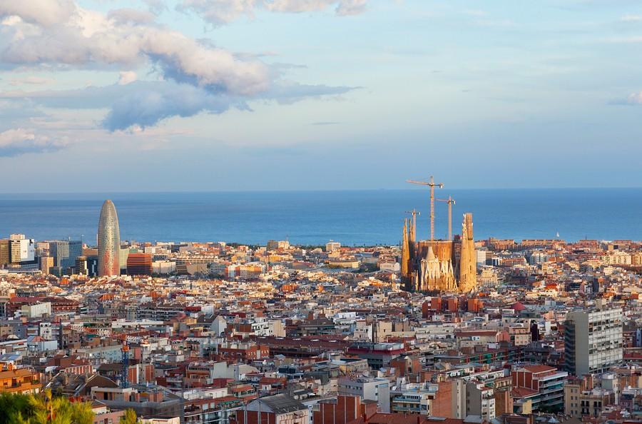 Barcelona-España-skyline