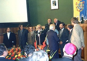 イタリア大統領スカルファロ氏との謁見ーサンタ・ジュリア記念碑制作のコピー - コ