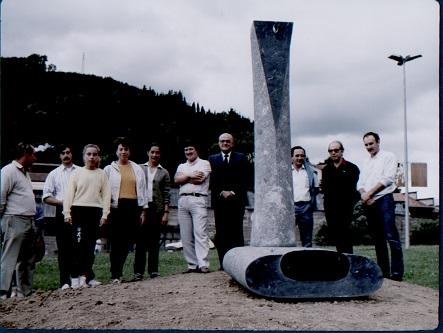 1985 第1回国際彫刻シンポジウム「水の痕跡」制作
