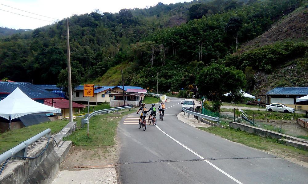 Kampung Kaung