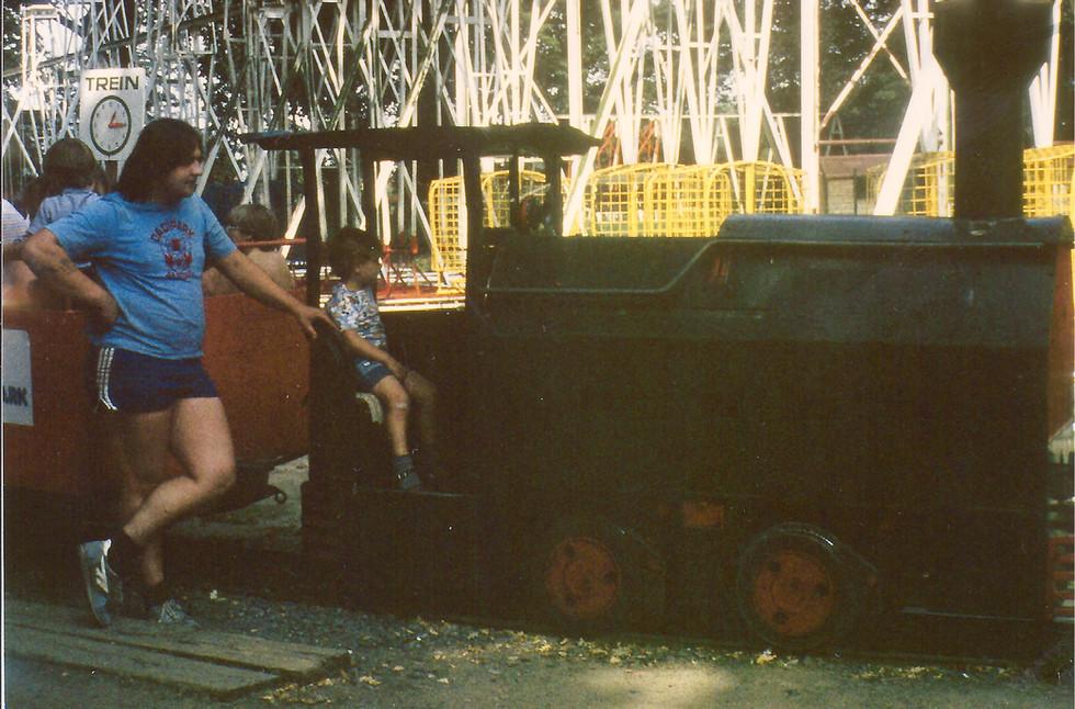 Kris Deltomme bij treintje 1983 - foto C