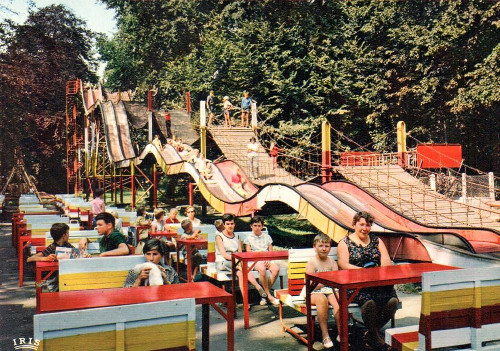 jaren 60 loopbrug en glijbaan dd.jpg