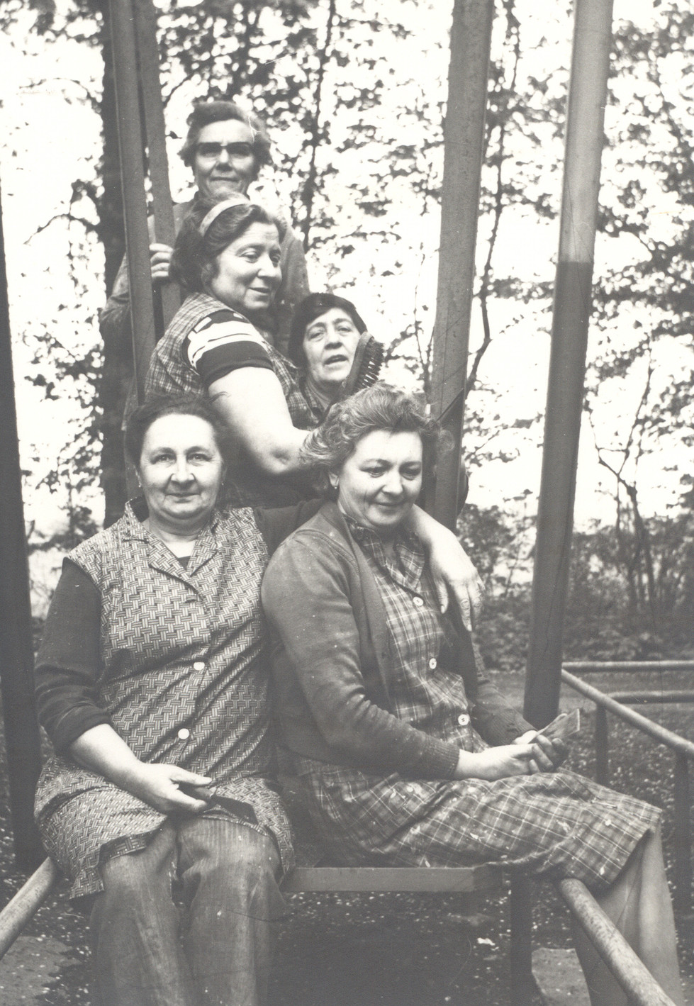 rond 1960 personeel dadipark 3 d louagie