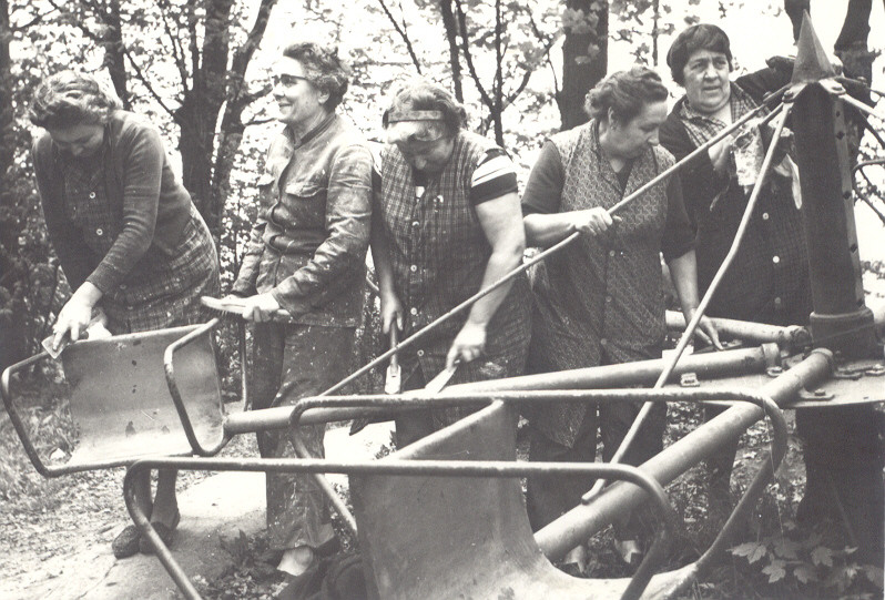 rond 1960 personeel dadipark 1.jpg