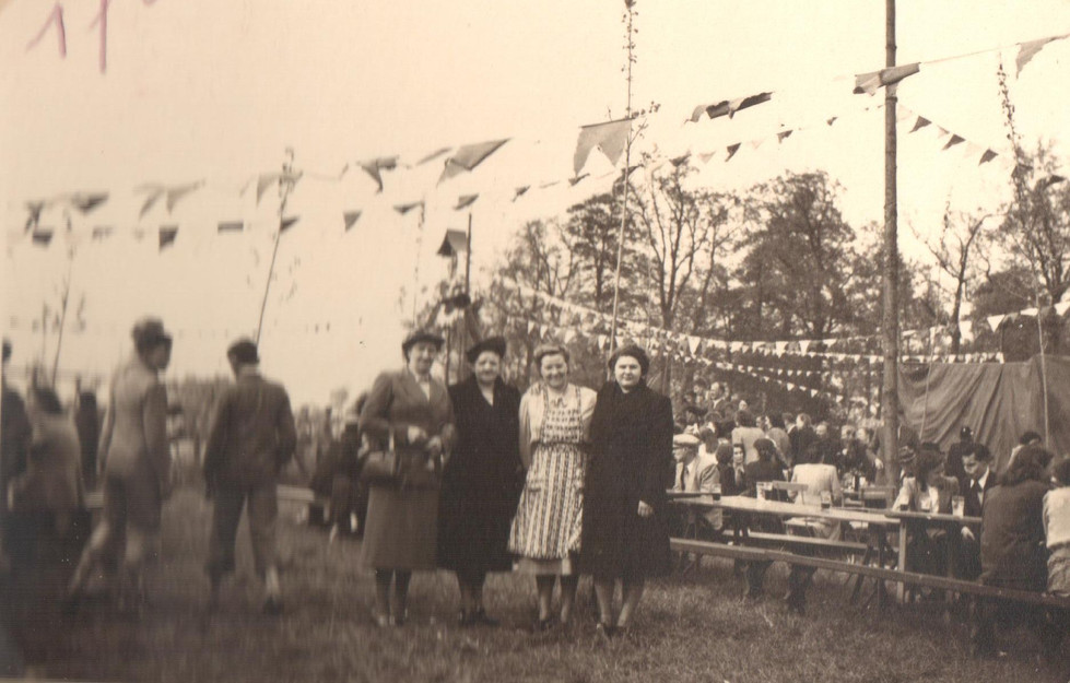 6 mei 1951 fancy fair dadipark 4.jpg