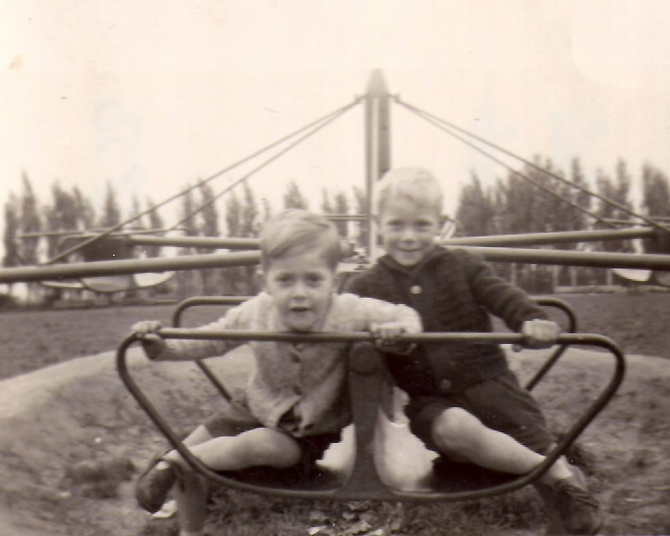 Patrick en Christian Baeckelandt 1956.jp