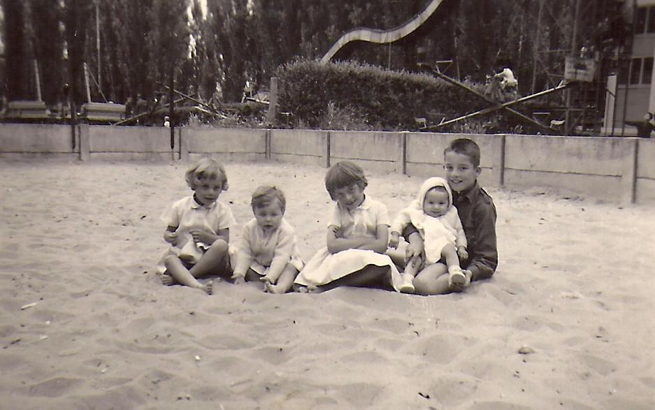 Zandbak met kinderen-CFeys.jpg