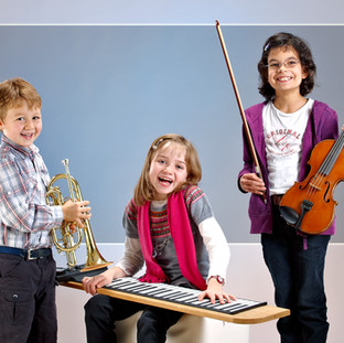 Kinder im Studio
