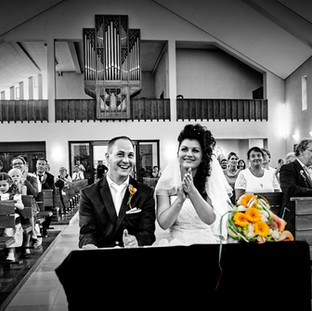 Applaus für Brautpaar